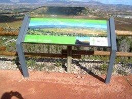 Mesa de hierro para paneles informativos